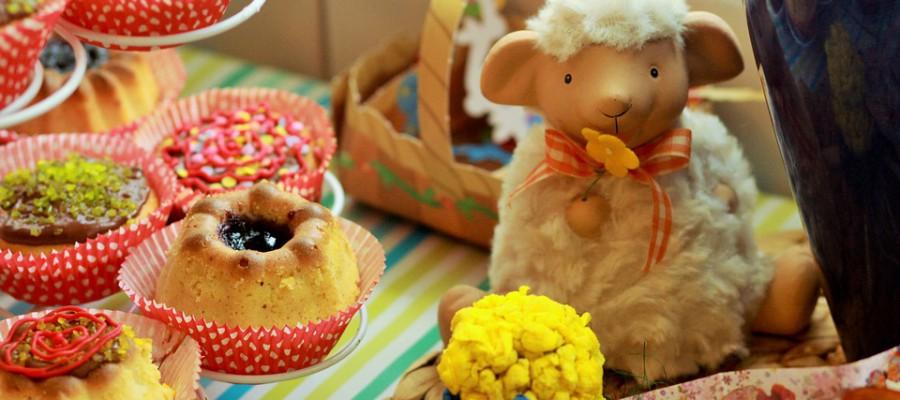 Préparer la fête de Pâque au bureau