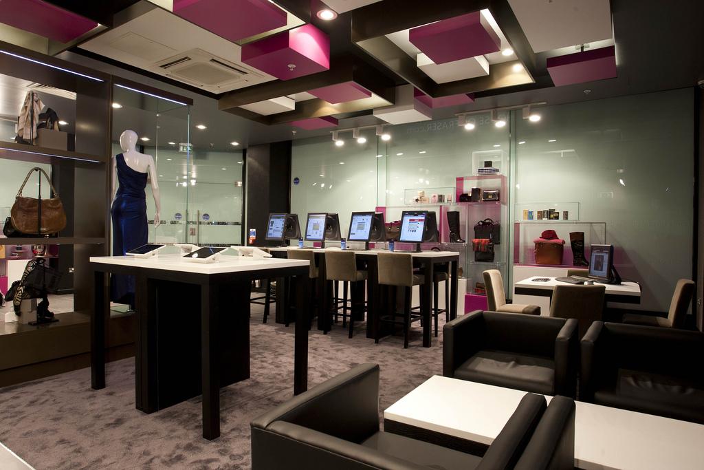 Concept Stores