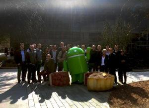 Nos participants lors d'une session en visite au google