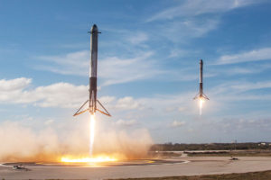 space-x-fusee-decollage-atterissage-elon-musk